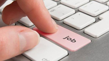 32.433 θέσεις πλήρους απασχόλησης.
