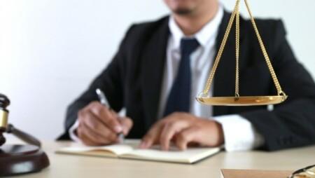 Ξεκίνησαν ΧΘΕΣ οι αιτήσεις για το επίδομα αυταπασχολούμενων δικηγόρων μέσω ΕΣΠΑ