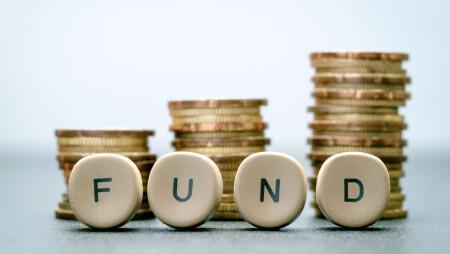 """Νέο ΕΣΠΑ 2021_2027: Ανοίγουν οι """"κάνουλες"""" με 3,9 δισ. ευρώ για μικρομεσαίους – Το σχέδιο για """"έξυπνη εξειδίκευση"""""""